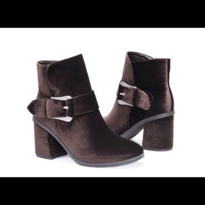 Muk Luks Ankle Boots